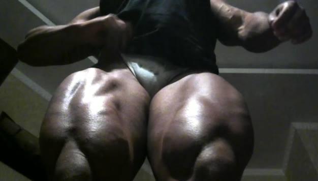 порно связанными ногами фото